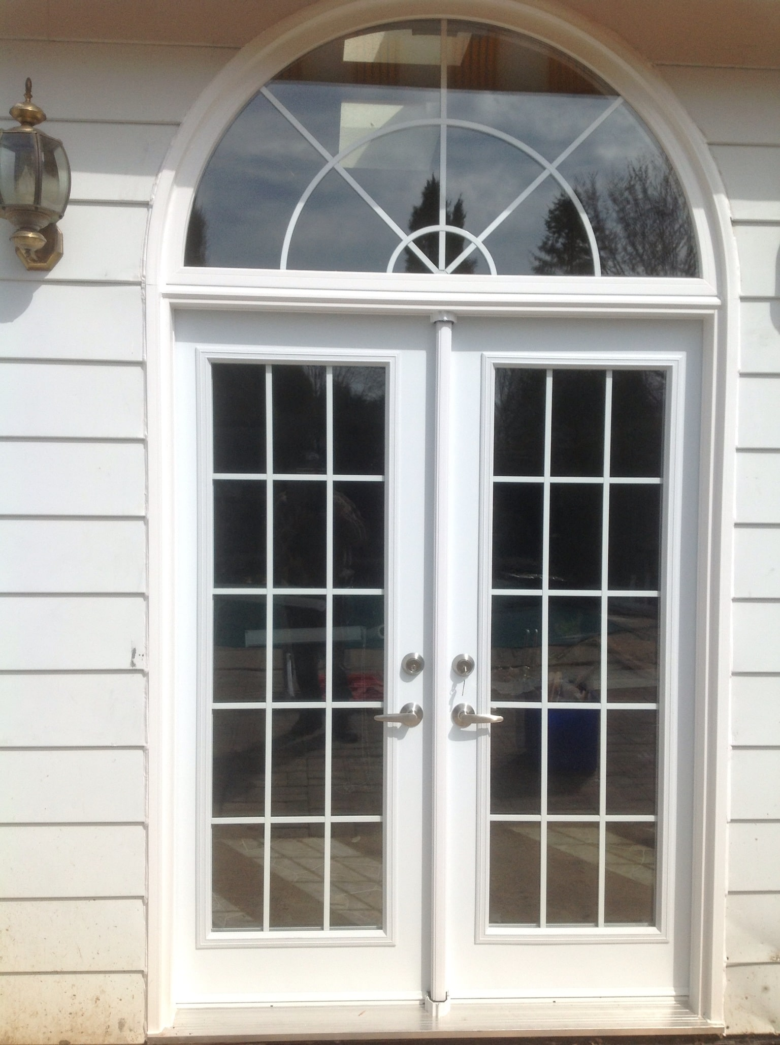 Patio Door with Grids and Half Round Transom